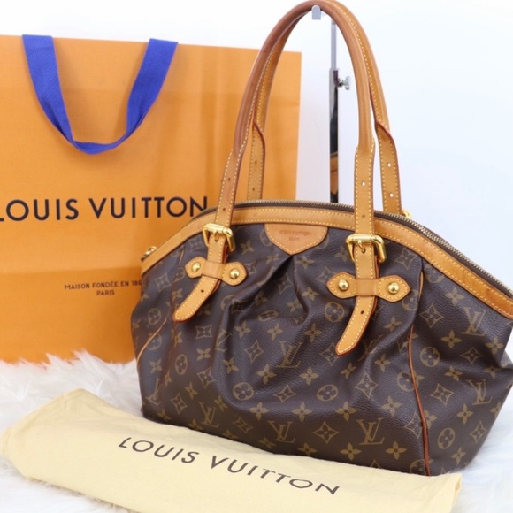 Louis Vuitton Handbags - Authentic Louis Vuitton Tivoli GM